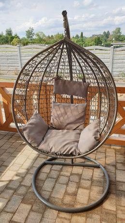 Fotel wiszący kokon