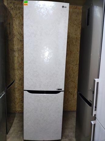 Эксклюзивный холодильник LG