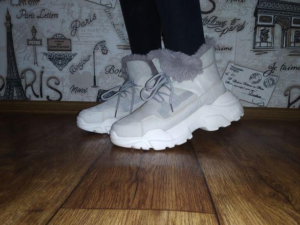 Женские зимние ботинки/кросовки