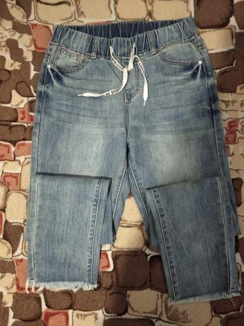 Продам джинсы,размер 28 хорошее состояние.