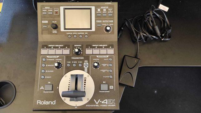Mesa de vídeo de 4 canais Roland V-4Ex como nova c/Streaming