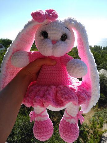 Плюшевая зайка, ручная работа, зайчик из плюшевой пряжи,вязаная игрушк