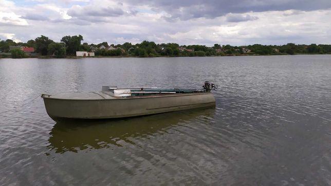 Продам лодку Казанка с мотором Москва 10.