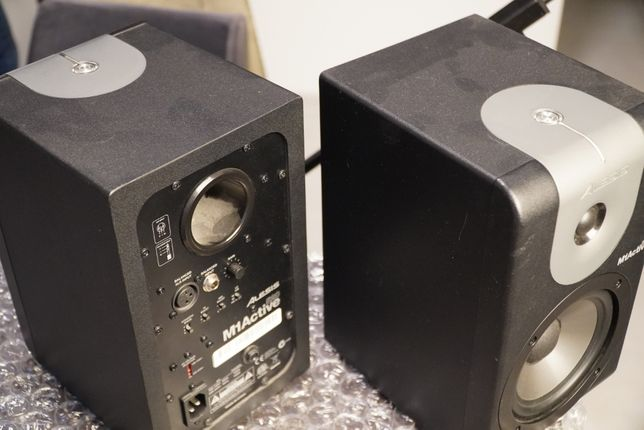 Студийный монитор alesis M1 active 520 (пара)