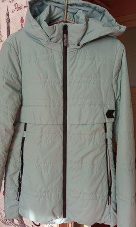 Продаю куртку осенняя 46 розмер