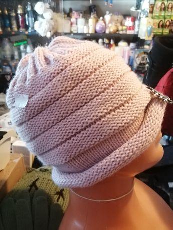 Ciepłe czapki na polarku
