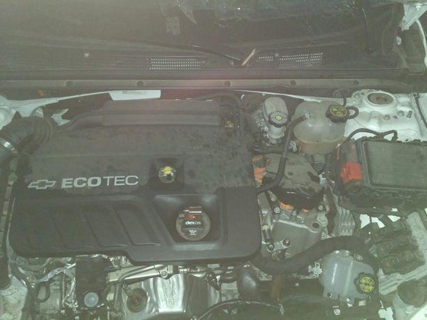 Двигатель со всем навесным, коробка, гибридная уст.Шевроле Малибу