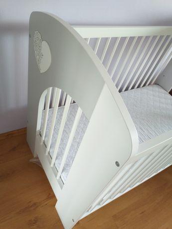 Sprzedam łóżeczko z materacem 60x120