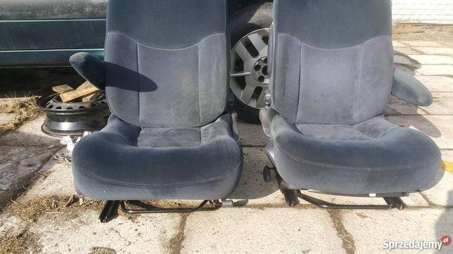 Grand Espace 3 fotele