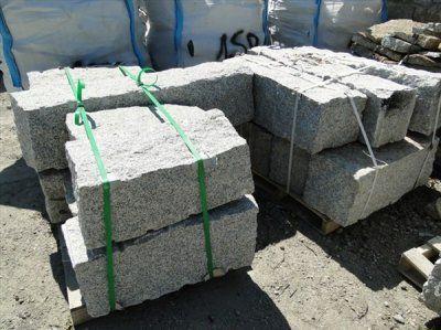 Kamień Murowy Granitowy 20x20x40
