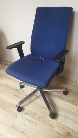 Krzesło biurowe komputerowe regulowane