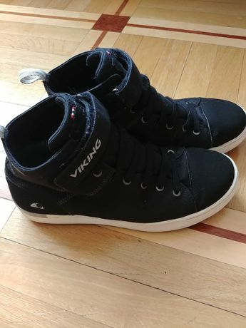 Демисезонные ботинки Viking 40 размер