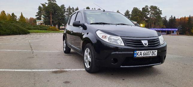 Dacia Sandero Clima 2010
