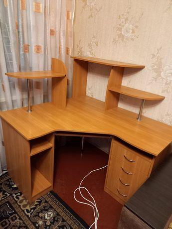 угловой  современный письменный стол СРОЧНО!!!