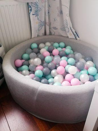 Suchy basen z piłeczkami firmy Misioo
