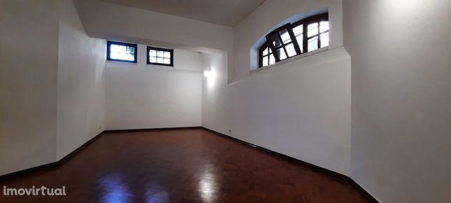 LM97   Apartamento T1+1 Bairro do Rosário   Cozinha equipada