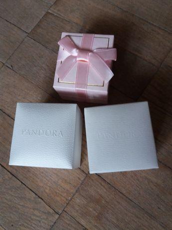 Подарочные  оригинальные коробочки  Pandora, и др.