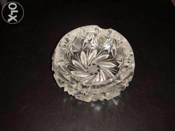 Popielniczka kryształowa solidna ciężka gruba ładna