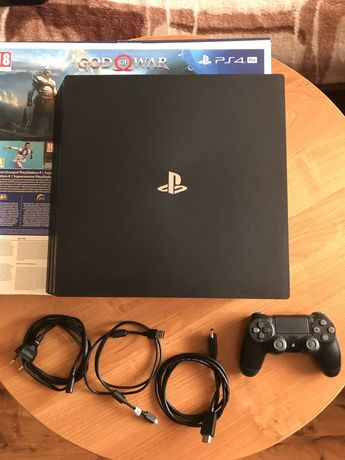 PlayStation 4 pro CJH7216B