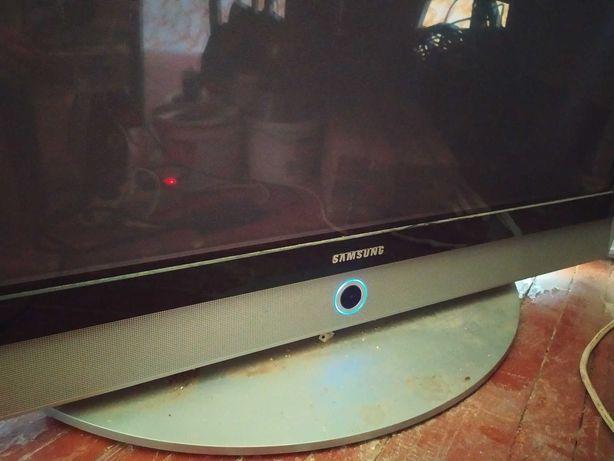 Плазменный телевизор  Samsung 42
