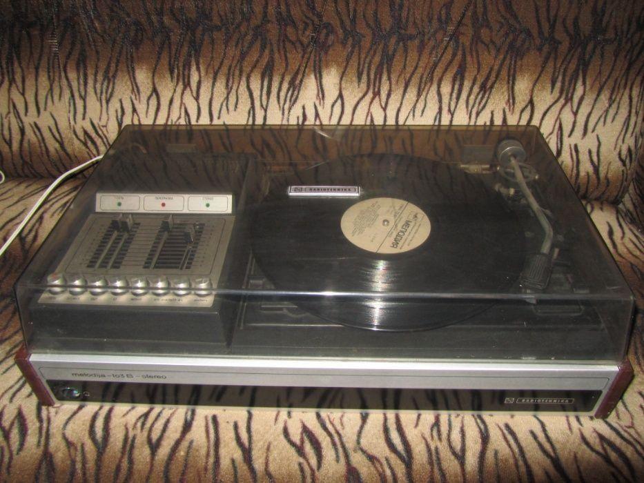 Электрофон Мелодия 103 В + пластинки +колонки Краматорск - изображение 1