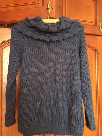 В'язаний светр грубої в'язки темно-синього кольору
