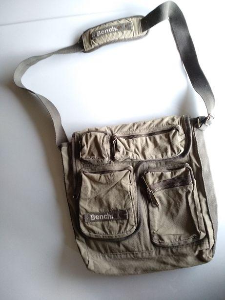 Брендовая сумка от Bench