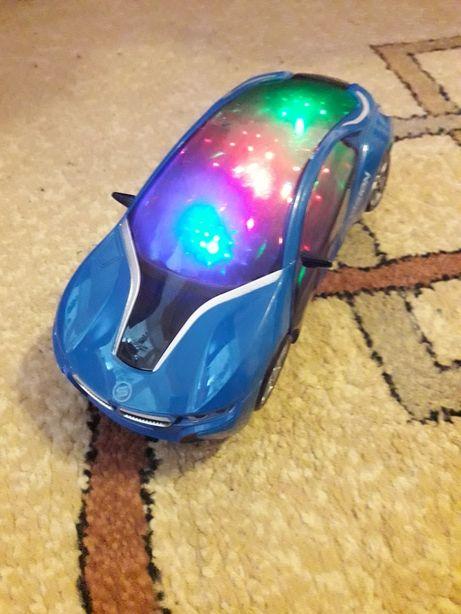 Машинка детская.