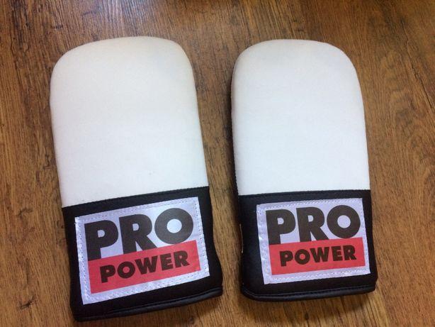 Rękawice bokserskie trenerskie Pro Power nowe okazja