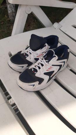 Кросовки, кросівки