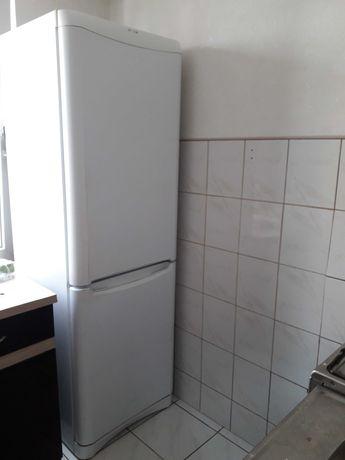 Lodówka Indesit BAAN13 187 cm