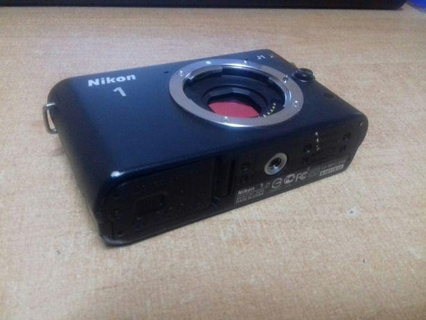 Nikon J1 body