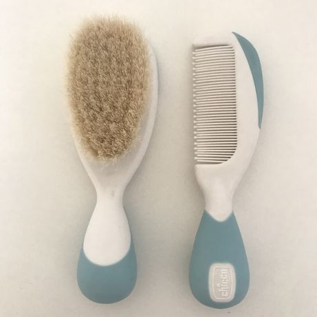 Детская расческа и щеточка для первых волос Chicco