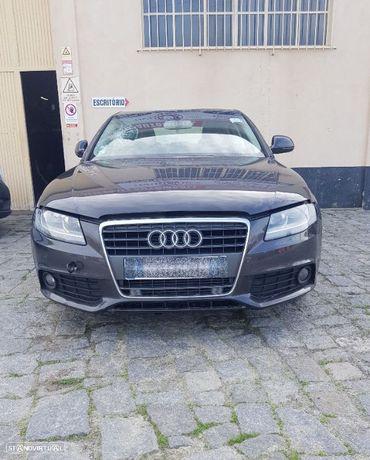 Audi A4 B8 2.0 Tdi 2009 para peças