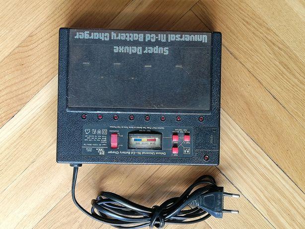 Ładowarka do akumulatorków różnych typów