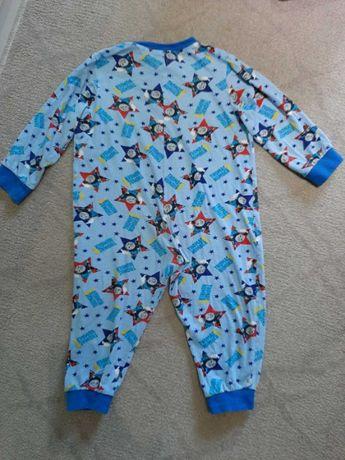 Пижамка на мальчика томас 2 -3 года