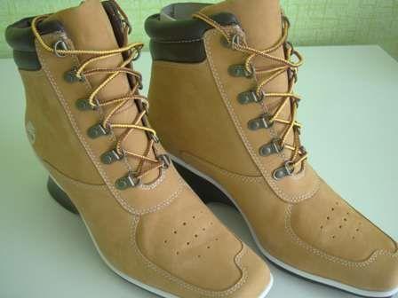 Женские ботинки, новые.