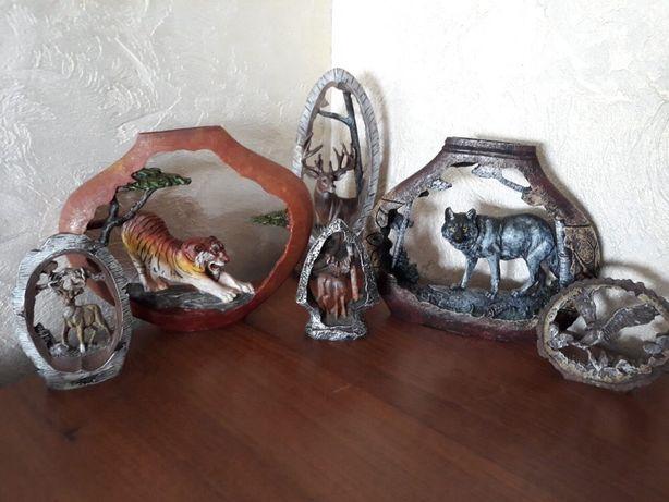 Сувениры статуэтки