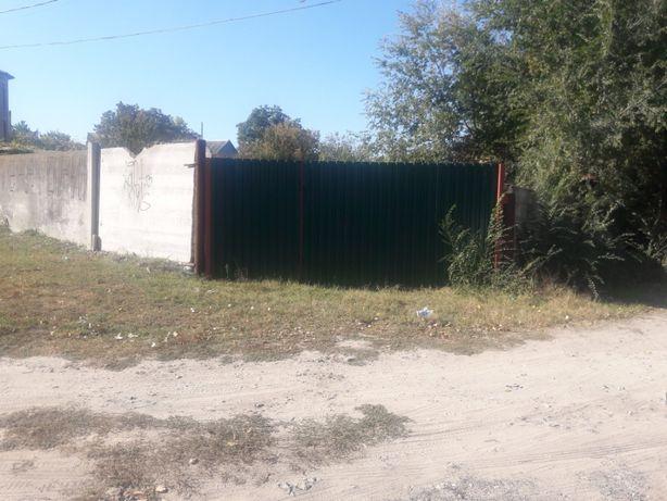 Продам участок в Олешках (Цюрупинске) возле речки