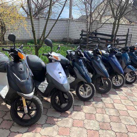 Скутера з Японії Honda, Yamaha, Suzuki