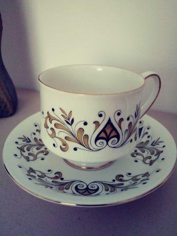 Filiżanka porcelanowa ze spodeczkiem, Royal Standard, Anglia