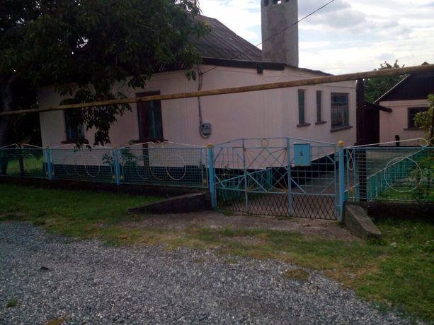 Продам дом в центре Широкого