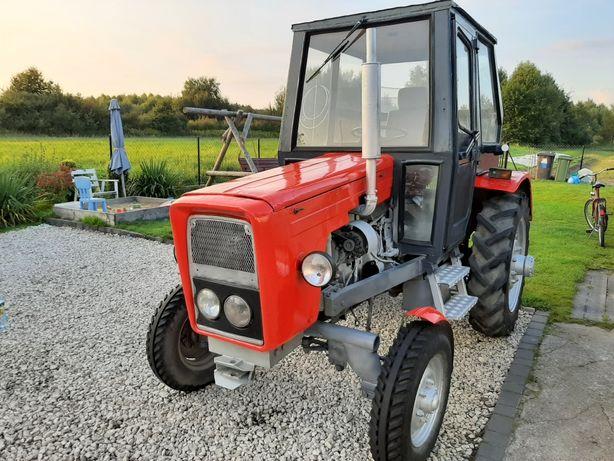 Traktorek sam ciagniczek sam