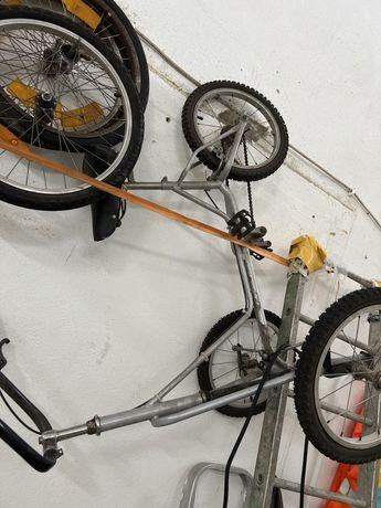 Triciclo adulto ou jovem