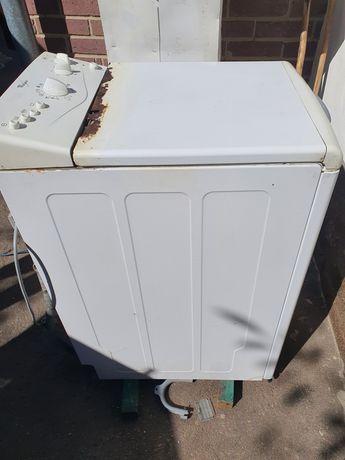 Продаю пральну машинку на запчастини