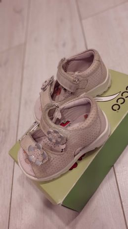 Ecco 20 sandały (kapcie żłobek) skóra