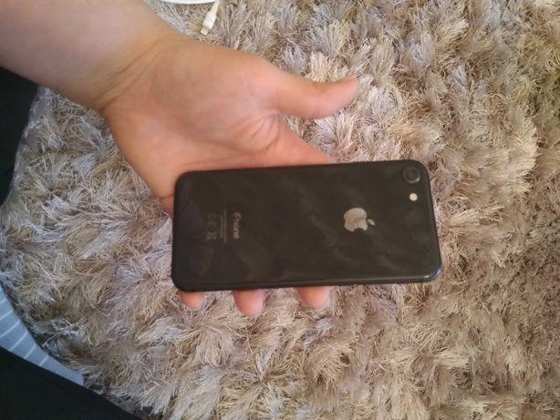 iPhone 8 ( 64 kgb.)