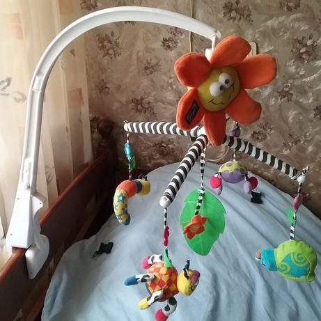 Музыкальный мобиль на детскую кроватку.