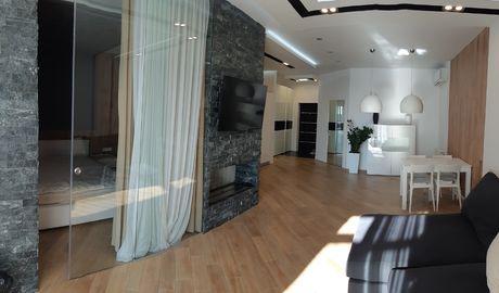Двухкомнатная квартира на Коновальца 36в