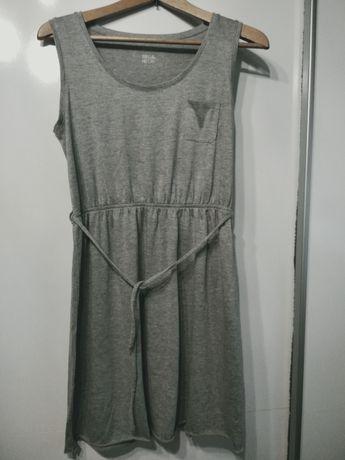 Szara sukienka na lato
